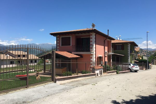 Roio Piano: Villa Singola