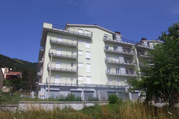 Pettino appartamento nuova costruzione in via Dante Alighieri